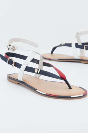 ICONIC FLAT STRAPPY SAND